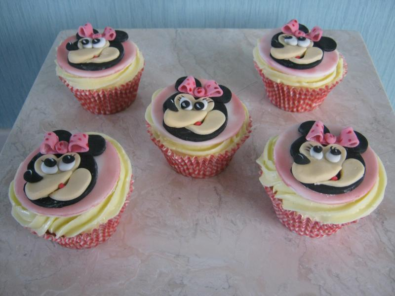 Minnie Mouse themed cupcakes for Hannah in Clitheroe. Present for her Mum's birthday.