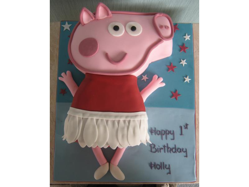 Peppa Pig ballerina in plain sponge for Holly in #Lytham