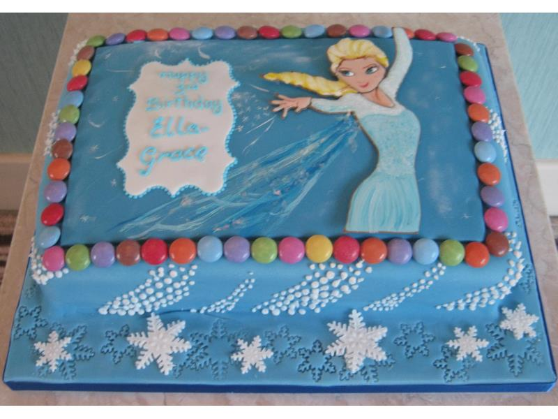 Elsa with Smarties for Ella-Grace in #Blackpool, made from chocolate sponge.