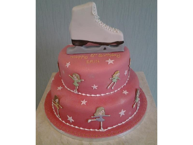 Ice Skate - Skate on top of 2 tier sponges in chocolate and Madeira for Erin in Thorton-Cleveleys