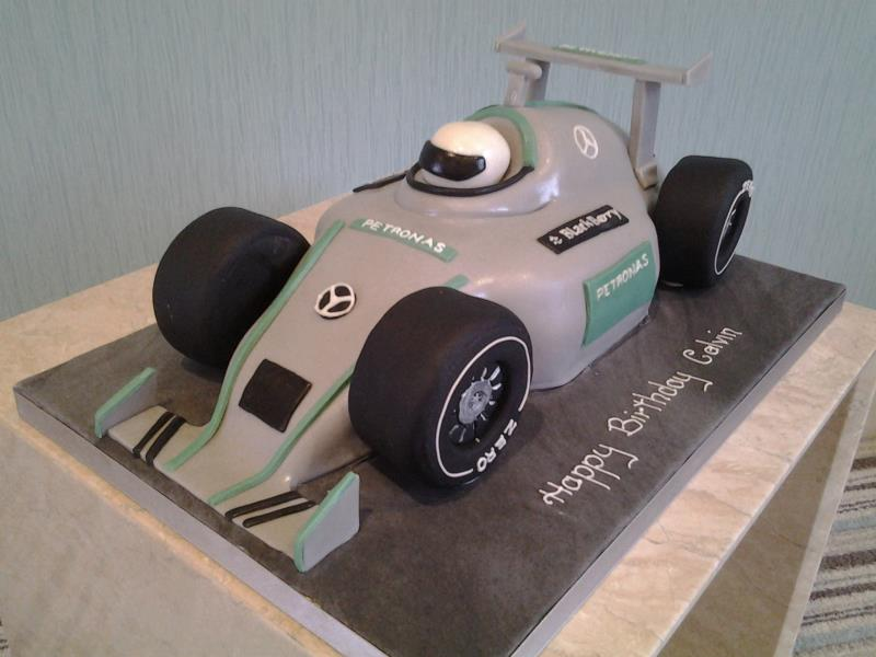 Fi Car for Calvin's birthday in Thornton, made from vanilla sponge