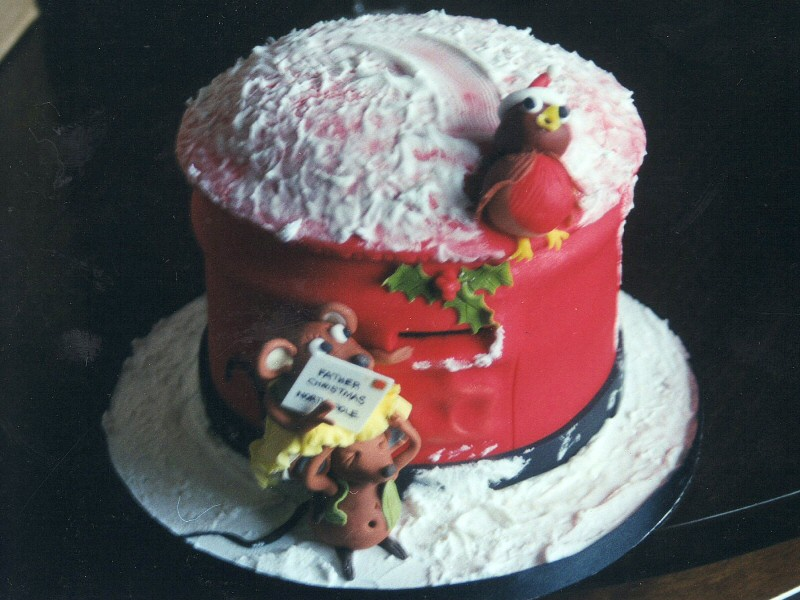 Novelty Christmas Cake Images : Creative Cakes of Blackpool - Christmas Cakes - Blackpool ...