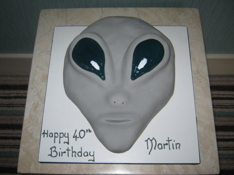 Alien - 3D alien themed cake for a 40th birthday for Martin of Blackpool.